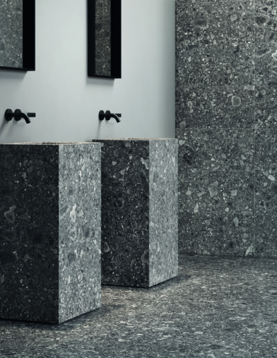 Lombarda Black 60x60 30x60 Nat Part Amb Bagno